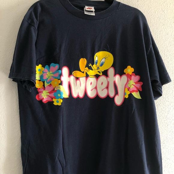 9a3548d25527b Tweety bird size xl vintage 90s t shirt looney